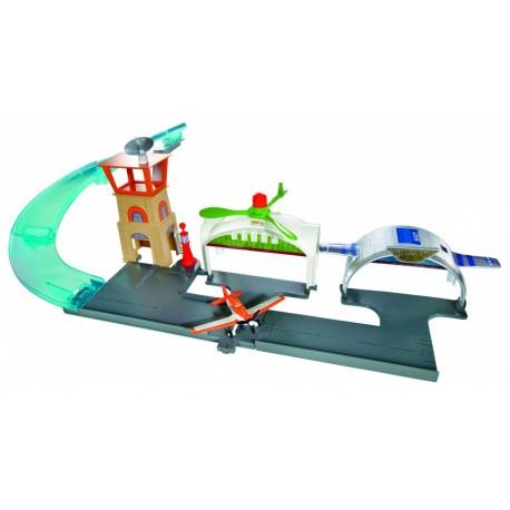 Mattel - Y0995 - Planes - Samoloty - Disney - Zestaw Lotnisko i Dusty