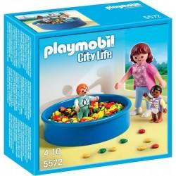 PLAYMOBIL 5572 City Life - BASEN Z PIŁECZKAMI