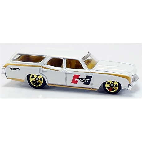 Mattel - BFF21 - Hot Wheels - HW Workshop - '70 Chevelle SS Wagon