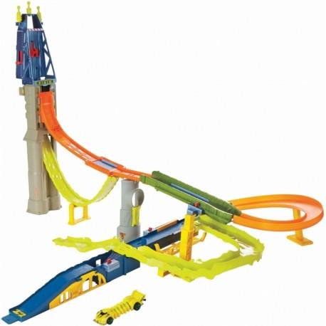 Mattel - BGJ19 - Hot Wheels - HW City - Zestaw Oblężenie Mutantów