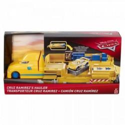 DISNEY PIXAR CARS Transporter CRUZA RAIMIREZA FRJ07 FLK11
