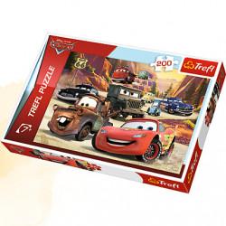 TREFL Puzzle Układanka 200 el. Cars WYPRAWA W GÓRY 13208